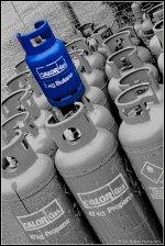 Gaz – do czego jest używany w dzisiejszych mieszkaniach i w jaki sposób wybrać odpowiedniego dostawcę?